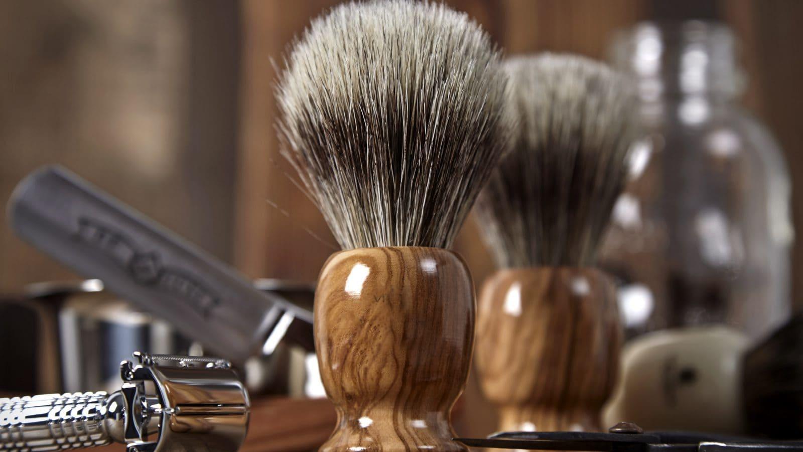 Fabricante brochas Vielong. Fábrica de brochas de afeitar. Brochas para barbero